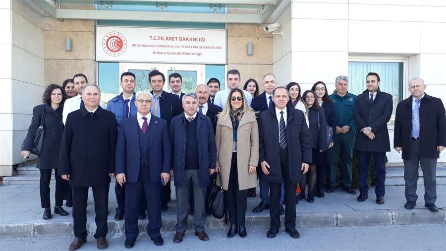Bakanlığımız İthalat Genel Müdürlüğü Heyeti Ankara Gümrük Müdürlüğüne Çalışma Ziyareti Gerçekleştirdi.