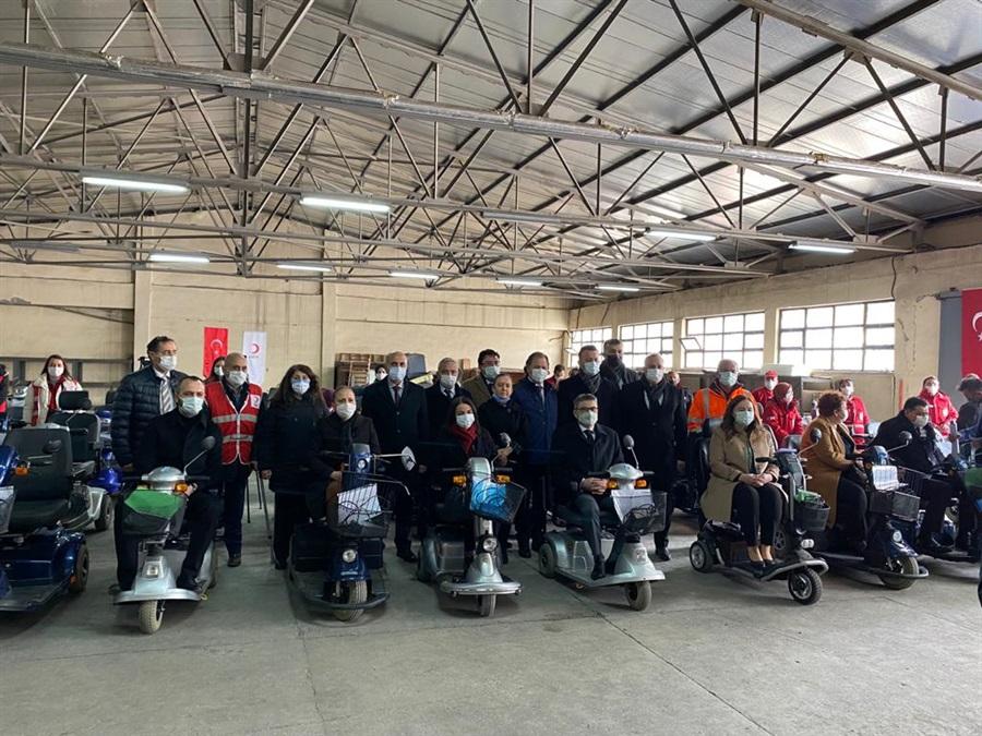 93 Adet Tekerlekli Sandalye Bağışı 25.03.2021 Tarihinde İhtiyaç Sahiplerine Ulaştırıldı.