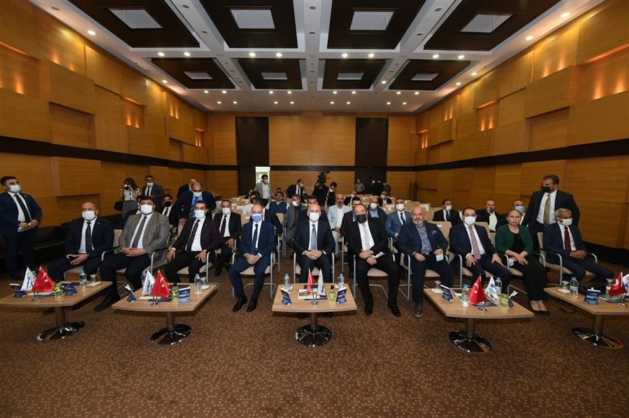 Ulaştırma ve Altyapı Bakanı Adil Karaismailoğlu'nun Ankara Lojistik Üssü Ziyareti